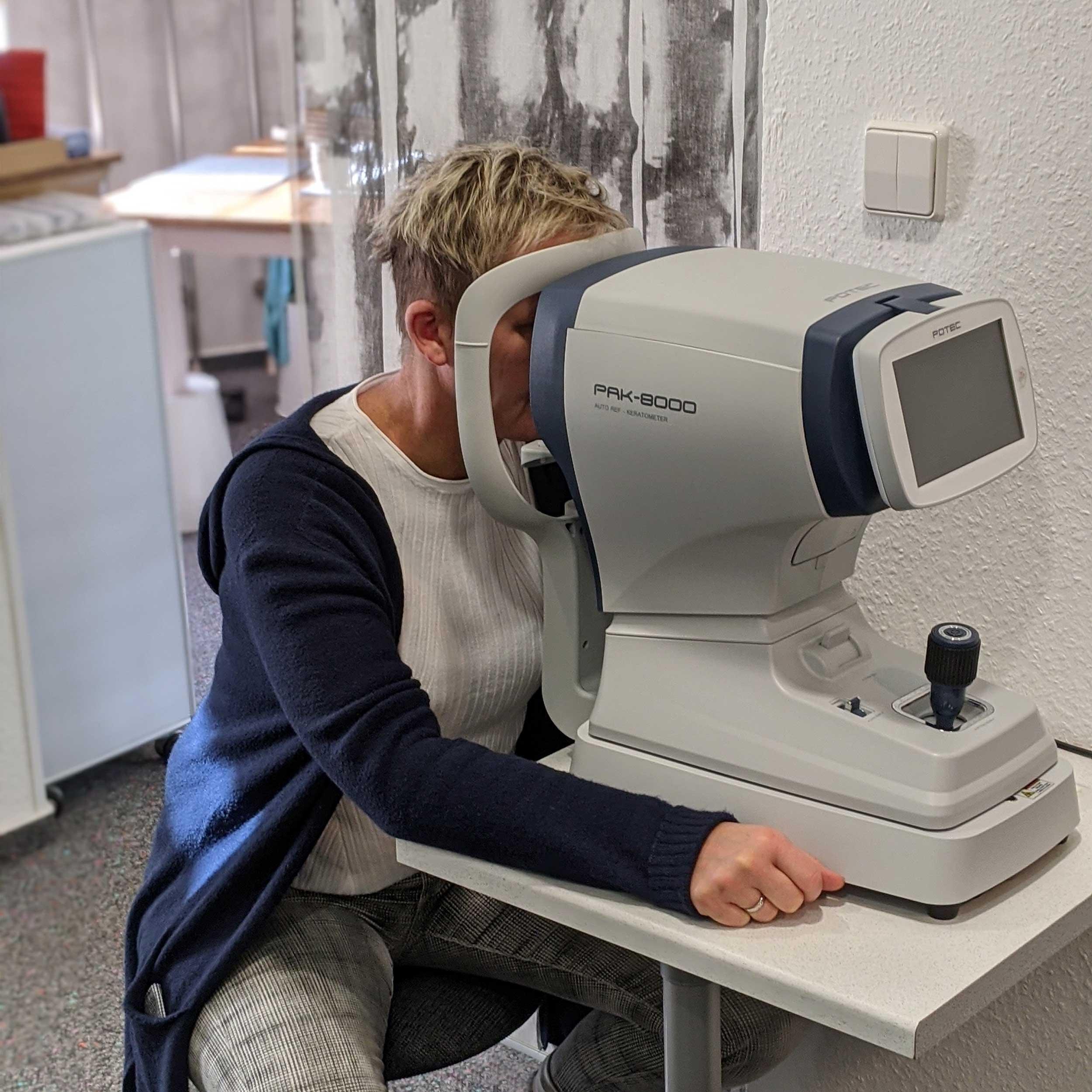 Optiker Hannover Service Sehtest